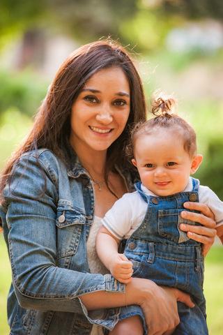 צילום תינוקות עם אמא