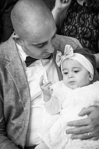 צילום תינוקות עם אבא - שחור לבן